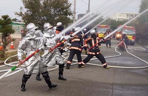 消火放水訓練2