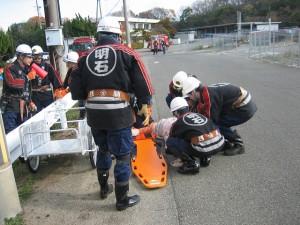 負傷者の救出